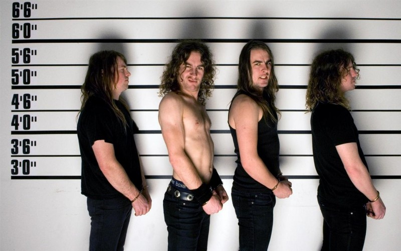 airbourne-192935-1280x800-0