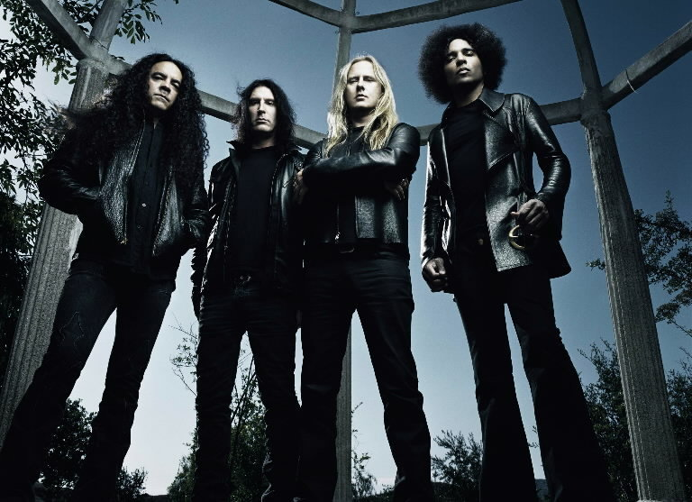 alice-in-chains-jpg