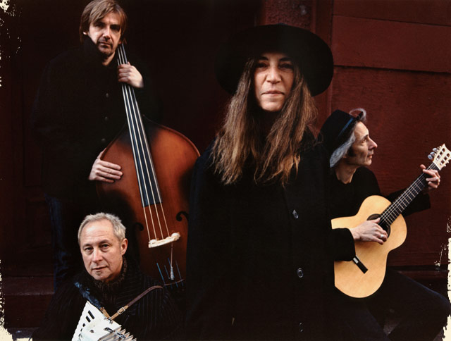 Photo_Patti-Smith-and-Her-Band_2_